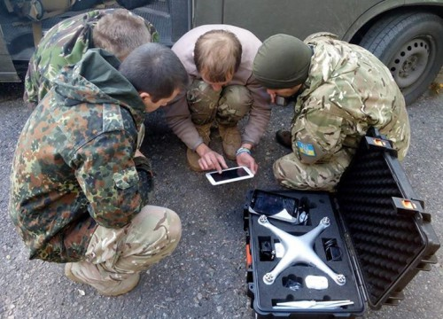 Ukrainian troops with quadcopter on Oct. 3, 2014. Army SOS photo
