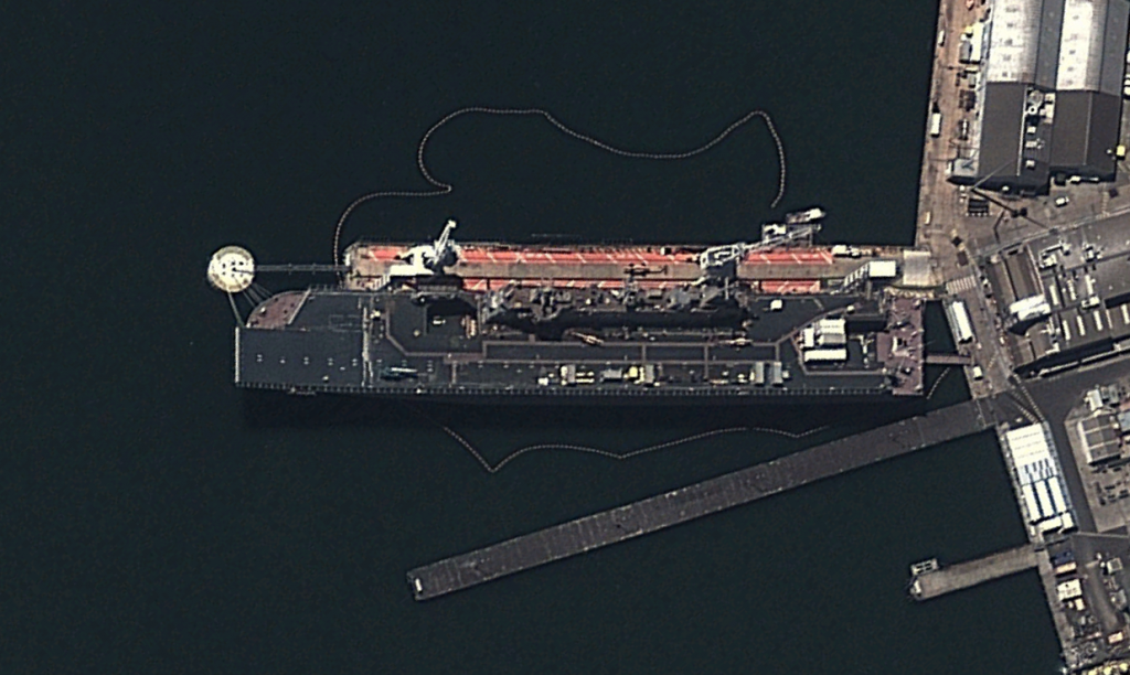 DigitalGlobe imagery from 15JAN14 of HMAS Canberra at Williamstown