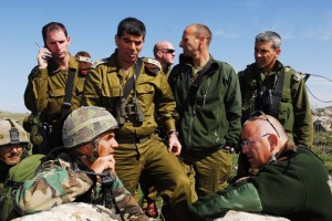 IDF chief Gabi Ashkenazi with field glasses in the center of Israeli topp officers.